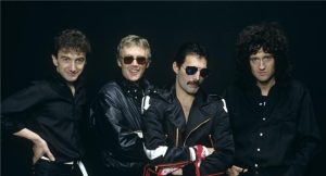 queen-group-studio-1982